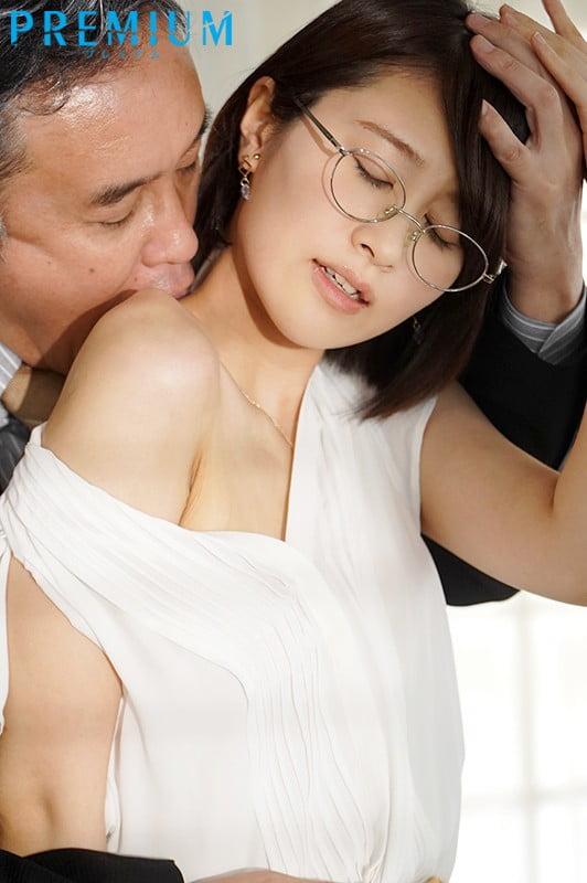 乳首ビンビン スレンダーボディ大・痙・攣。初体験でイキすぎちゃってごめんなさい4本番 櫻井まみ