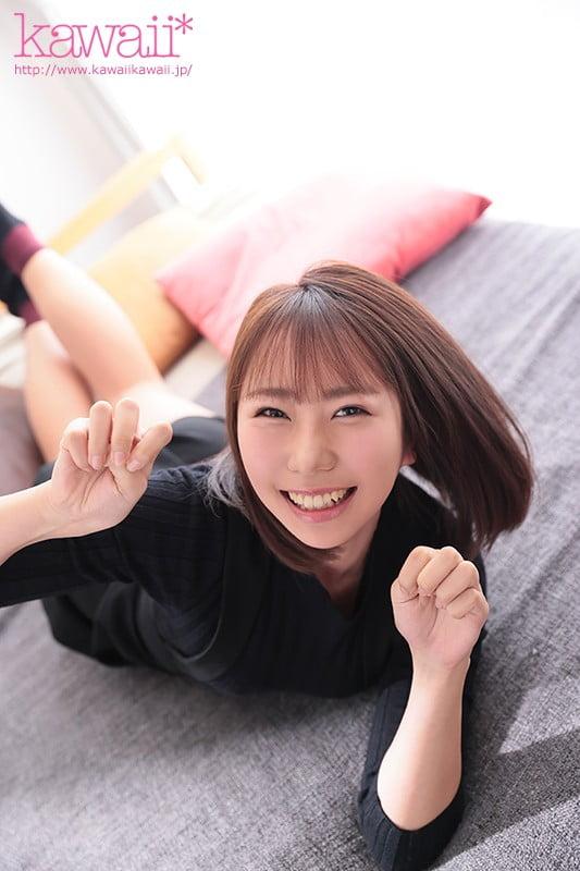 「刺激がないとつまんない!」魅力的なデカ尻の現役女子大生 琴羽みおな 日本語、英語、韓国語が話せる好奇心の塊みたいなトリリンガル帰国子女が感情揺さぶる激しいセックスがしたくてAVデビュー 琴羽みおな